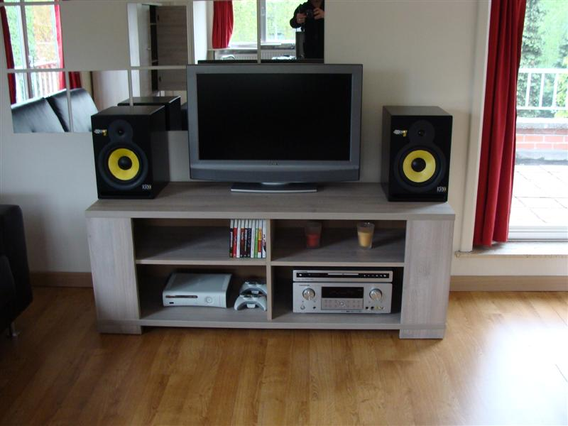 http://boeiend.be/tmp/audio/setup1.jpg